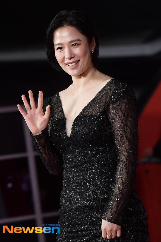 Mỹ nhân Giày thủy tinh Kim Hyun Joo tuổi 44 - 5