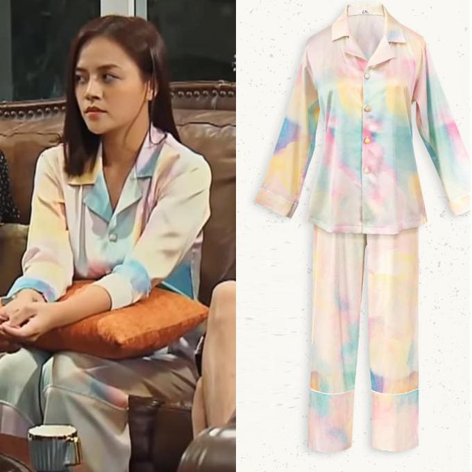 Tự làm stylist thành công, Thu Quỳnh được nhiều chị em học hỏi phong cách. Cô cũng nhiệt tình chia sẻ khi được khán giả hỏi về những trang phục đẹp mắt cô diện trong phim.