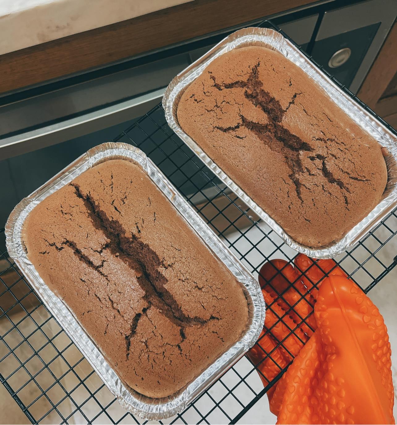 Thành phẩm bánh bông lan chocolate. Ảnh: Facebook Phan Như Thảo