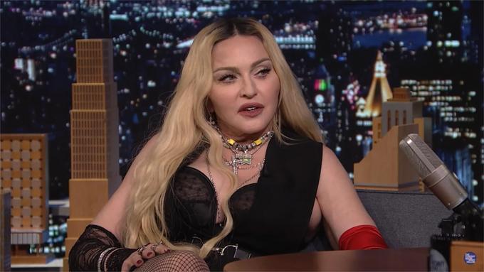 Madonna trong buổi phỏng vấn hôm thứ năm. Ảnh: YouTube
