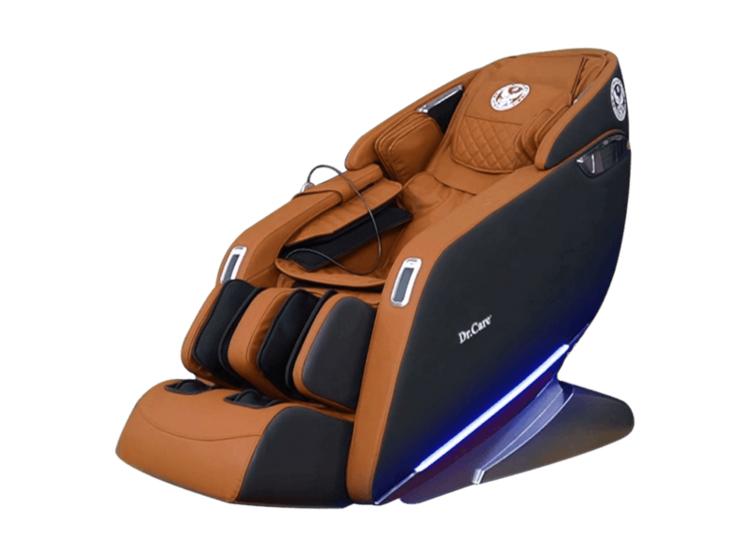 Ghế massage Dr.Care Xreal 923màu đỏ, kích thước 188 x 77 x 84 (cm), trọng lượng 96 kg. Chức năng spa massage xông nóng toàn thân kết hợp xoa bóp massage tập trung vùng gáy cổ giúp máu lưu thông dễ dàng hơn. Ghế tích hợp các bài tập yoga, kéo giãn căng cơ toàn bộ cơ thể, kéo giãn cánh tay, gáy cổ và cột sống. Một suất massage đầy đủ kéo dài 25 phút. Sản phẩm bảo hành 5 năm cho phần da ghế và 10 năm toàn bộ thân ghế và máy massage. Giá gốc 130 triệu đồng, hiện ưu đãi 47% còn 69 triệu đồng.