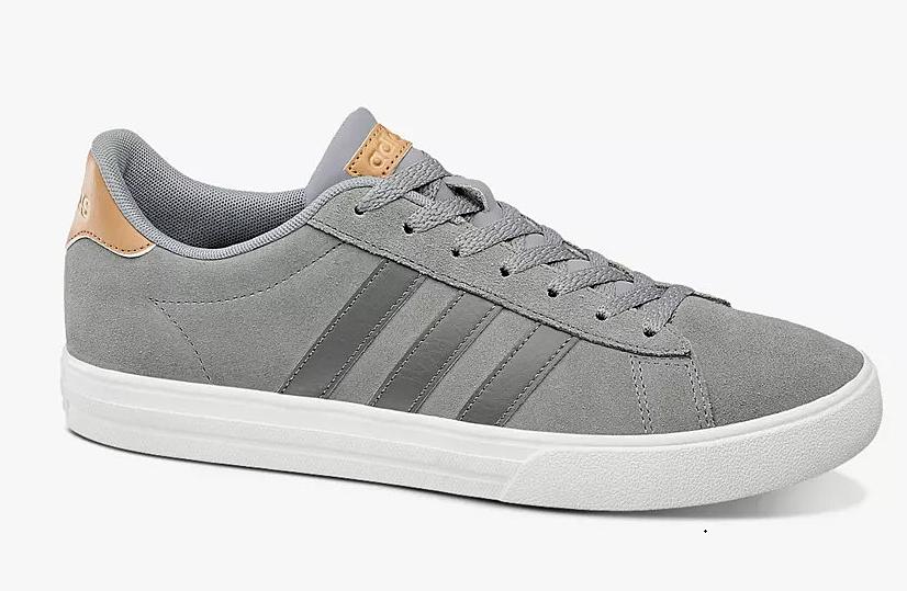 Giày thể thao Adidas Daily 2.0 B44710 màu xám. Chất liệu thoáng khí cả mặt trong và mặt ngoài giúp người dùng dễ chịu và thoải mái dù mang trong thời gian dài. Phần trên bằng da lộn, không nhăn, dễ vệ sinh, được tạo điểm nhấn với 3 sọc tương phản, dễ phối với nhiều kiểu trang phục, phù hợp nhiều hoàn cảnh, tập luyện thể thao, đi chơi, đi làm. Đế thiết kế theo kiểu đế xuồng 3 cm vừa tạo tính đàn hồi cho từng bước đi, đồng thời người mang ăn gian chiều cao khá đáng kể. Giày có các size 40, 41, 42, dịp 8/8 bán với giá ưu đãi 1,19 triệu đồng.