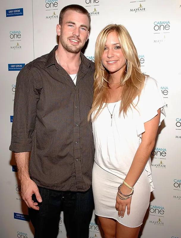 Tài tử Bộ tứ siêu đẳng vướng tin đồn tình cảm với ngôi sao truyền hình thực tế Kristin Cavallari vào năm 2008. Kristin phản hồi rằng cô chỉ là bạn thân của Chris.