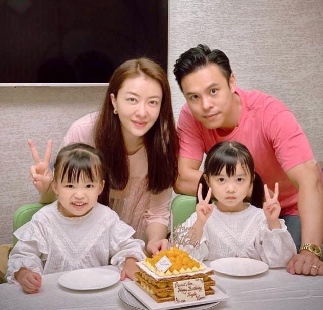 Gia đình Hùng Đại Lâm bên nhau.