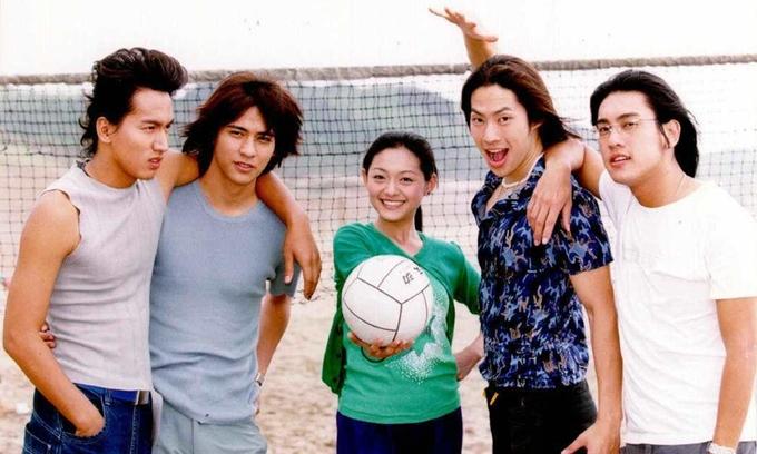 Năm diễn viên chính của Vườn sao băng (từ trái sang): Ngôn Thừa Húc, Châu Du Dân, Từ Hy Viên, Ngô Kiến Hào, Chu Hiếu Thiên. Ảnh: HK01