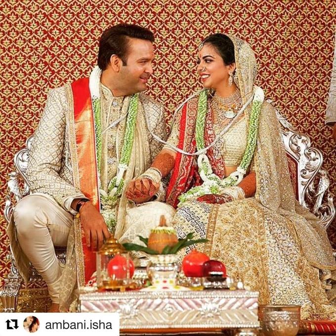Anand Piramal và Isha Ambani. Ảnh: Instagram