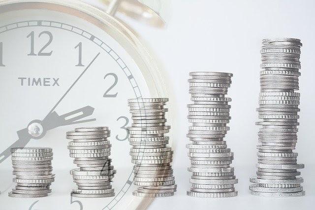Thu nhập thụ động mang lại cả lợi ích và rủi roc ho nhà đầu tư. Ảnh:The Cornwall Seeker.