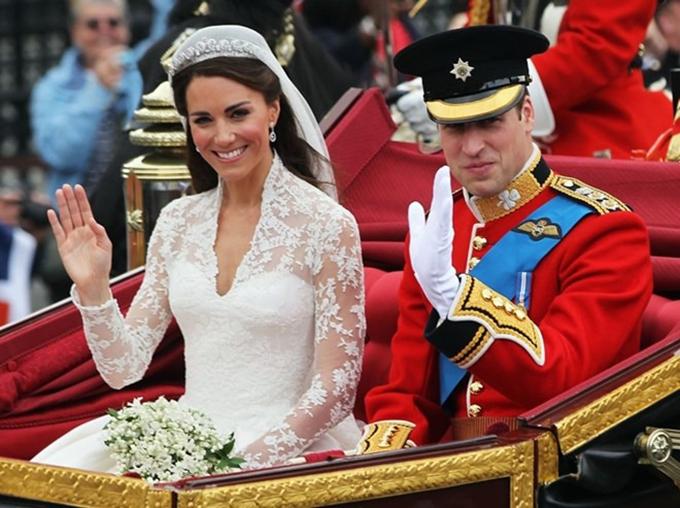 Công nương Kate Middleton và Hoàng tử William trong ngày cưới. Ảnh: Harpersbazaar