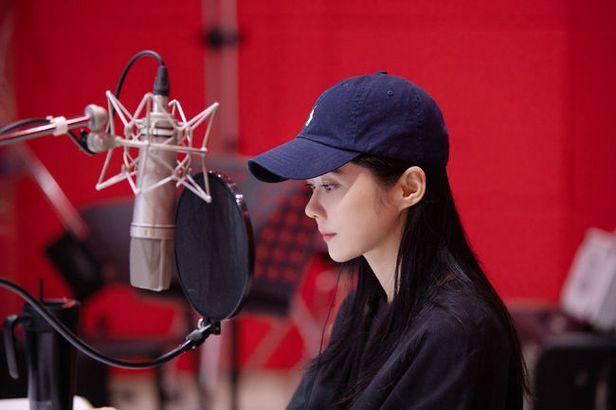 Diễn viên lồng tiếng cho vai nữ trong phim Lòng tốt của người khác. Phim sẽ công chiếu tại liên hoan phim Seoul lần thứ 11, diễn ra cuối năm. Jang Nara hiện không có tác phẩm mới, chủ yếu dành thời gian nghỉ ngơi bên gia đình, quay, chụp hình quảng cáo...