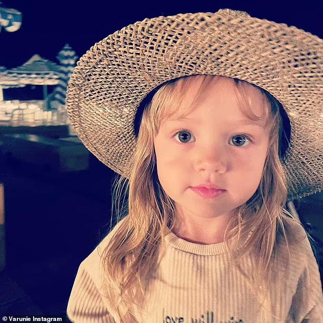 Con gái của Owen Wilson.