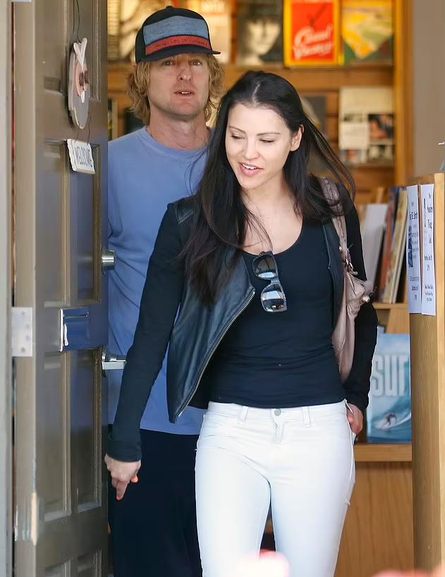 Owen và Varunie đi uống cafe ở Malibu tháng 6/2014. Ảnh: Splash
