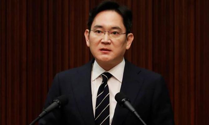 Thái tử Samsung Lee Jae-yong trong cuộc hợp báo năm ngoái ở Seoul, Hàn Quốc. Ảnh: Reuters
