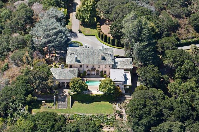 Dinh thự của Elon Musk ở bang California, Mỹ. Ảnh: Compass