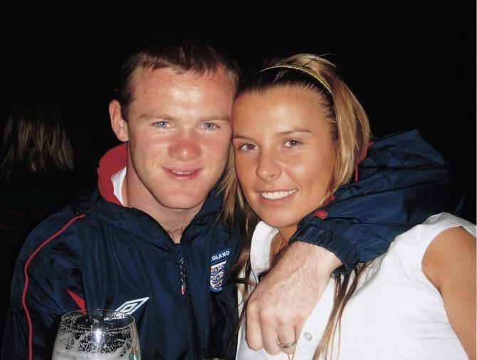 Rooney và Coleen năm 18 tuổi. Ảnh: Facebook