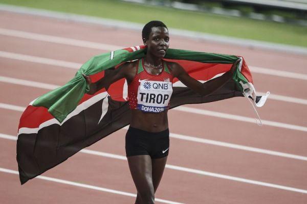 Agnes Jebet Tirop về thứ ba 10.000 m tại giải vô địch điền kinh thế giới 2019. Ảnh: AFP