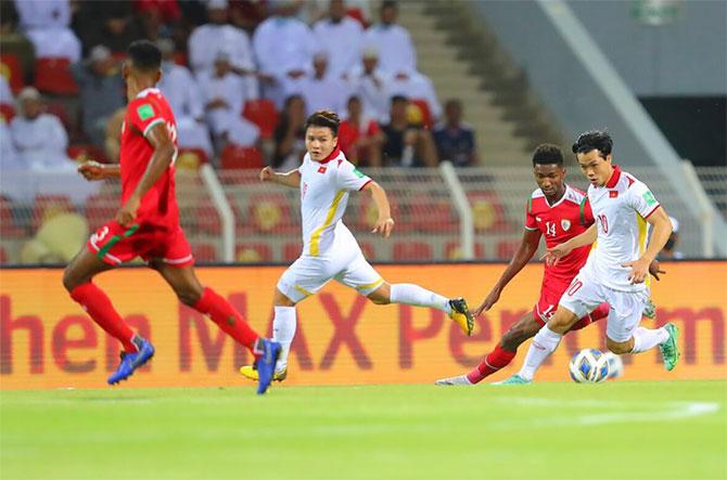 Việt Nam chơi tốt trong hiệp một khi có bàn mở tỷ số trước. Ảnh: AFC