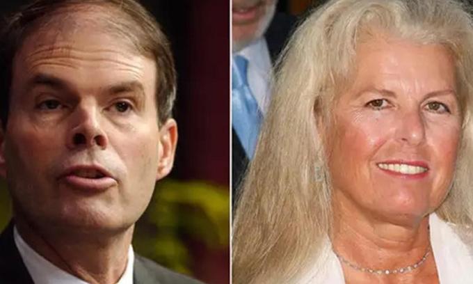 Craig McCaw và Wendy. Ảnh: Economic Times