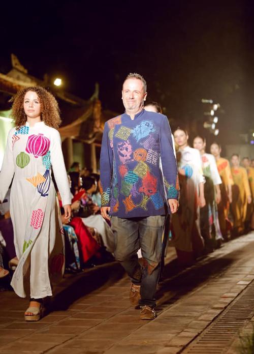 Nhà thiết kế Diego Chula giới thiệu bộ sưu tập áo dài tại Hội An.